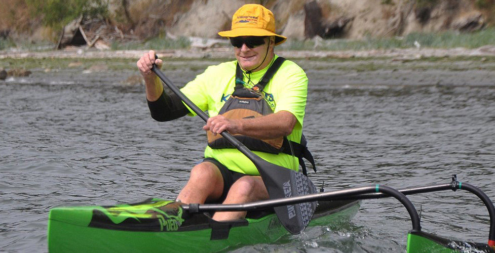 Experienced paddler handles his OC1 with ease